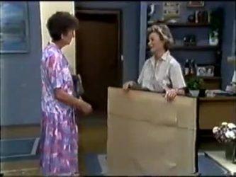 Nell Mangel, Helen Daniels in Neighbours Episode 0465