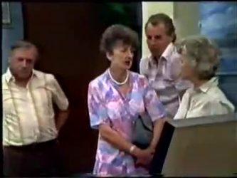 Rob Lewis, Nell Mangel, Jim Robinson, Helen Daniels in Neighbours Episode 0466