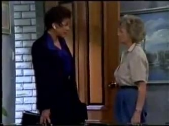 Christine Wilton, Helen Daniels in Neighbours Episode 0466