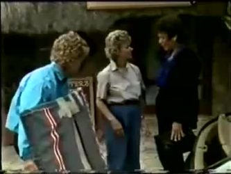 Henry Mitchell, Helen Daniels, Christine Wilton in Neighbours Episode 0466