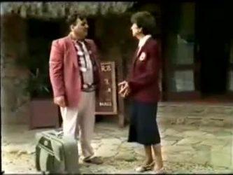 Dennis Wilton, Nell Mangel in Neighbours Episode 0466