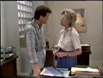 Paul Robinson, Helen Daniels in Neighbours Episode 0467