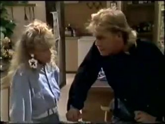 Charlene Mitchell, Scott Robinson in Neighbours Episode 0467