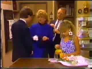 Warren Murphy, Madge Bishop, Harold Bishop, Charlene Mitchell in Neighbours Episode 0468