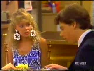 Charlene Mitchell, Warren Murphy in Neighbours Episode 0468