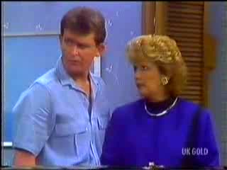 Des Clarke, Madge Bishop in Neighbours Episode 0468