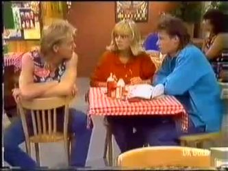 Scott Robinson, Jane Harris, Mike Young in Neighbours Episode 0469