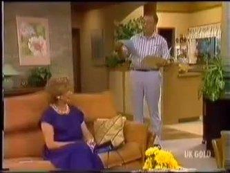 Madge Bishop, Harold Bishop in Neighbours Episode 0469