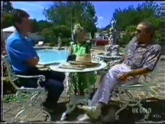Des Clarke, Daphne Clarke, Allen Lawrence in Neighbours Episode 0469