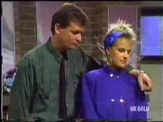 Des Clarke, Daphne Clarke in Neighbours Episode 0470