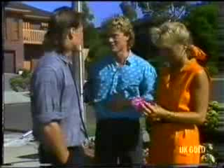 Mike Young, Henry Mitchell, Jane Harris in Neighbours Episode 0470