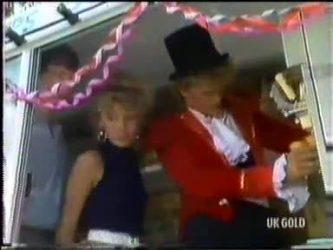 Warren Murphy, Charlene Mitchell, Henry Mitchell in Neighbours Episode 0471