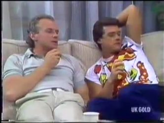 Jim Robinson, Paul Robinson in Neighbours Episode 0471