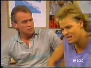 Jim Robinson, Scott Robinson in Neighbours Episode 0472