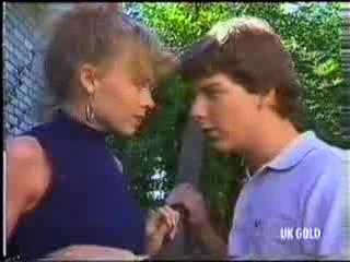 Charlene Mitchell, Warren Murphy in Neighbours Episode 0472