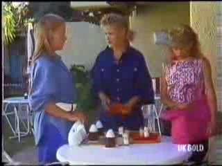 Sue Parker, Daphne Clarke, Charlene Mitchell in Neighbours Episode 0472