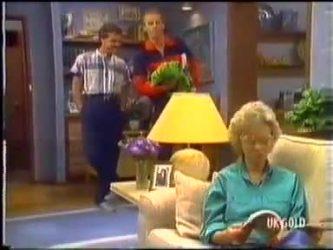 Paul Robinson, Jim Robinson, Helen Daniels in Neighbours Episode 0474