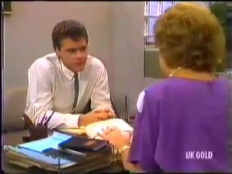 Paul Robinson, Madge Bishop in Neighbours Episode 0474