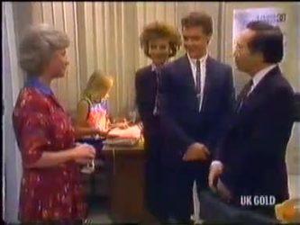 Helen Daniels, Jane Harris, Gail Robinson, Paul Robinson, Mr Udagawa in Neighbours Episode 0474