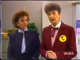 Gail Robinson, Nell Mangel in Neighbours Episode 0474