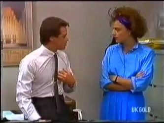 Paul Robinson, Gail Robinson in Neighbours Episode 0479