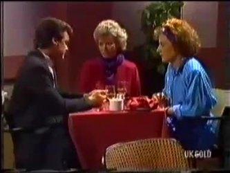 Paul Robinson, Helen Daniels, Gail Robinson in Neighbours Episode 0479