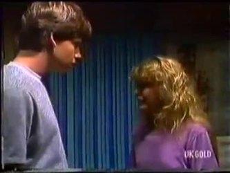 Warren Murphy, Charlene Mitchell in Neighbours Episode 0479