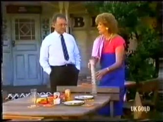 Harold Bishop, Madge Bishop in Neighbours Episode 0480