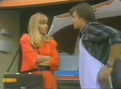 Jane Harris, Mike Young in Neighbours Episode 0775