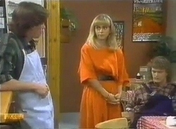 Mike Young, Jane Harris, Henry Ramsay in Neighbours Episode 0775