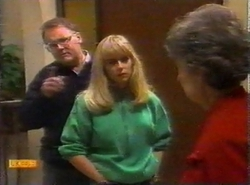Harold Bishop, Jane Harris, Nell Mangel in Neighbours Episode 0777