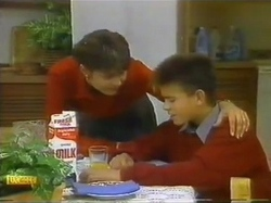 Beverly Marshall, Todd Landers in Neighbours Episode 0778