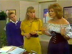 Bronwyn Davies, Jane Harris, Madge Bishop in Neighbours Episode 0780