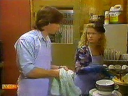 Mike Young, Sharon Davies in Neighbours Episode 0780