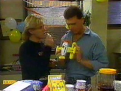 Scott Robinson, Des Clarke in Neighbours Episode 0780