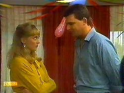 Jane Harris, Des Clarke in Neighbours Episode 0780