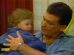 Jamie Clarke, Des Clarke in Neighbours Episode 0780