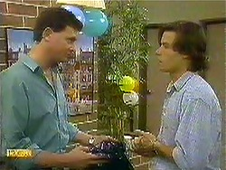 Des Clarke, Mike Young in Neighbours Episode 0781
