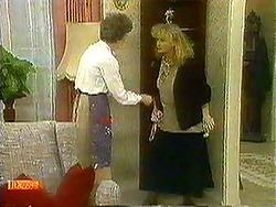 Nell Mangel, Sharon Davies in Neighbours Episode 0781