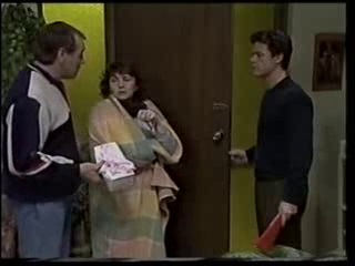 Doug Willis, Pam Willis, Paul Robinson in Neighbours Episode 1501