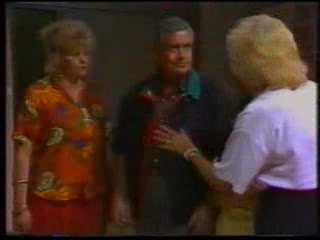 Brenda Riley, Lou Carpenter, Madge Bishop in Neighbours Episode 1592