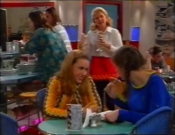 Madge Bishop, Claire Girard, Hannah Martin in Neighbours Episode 2961