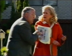 Harold Bishop, Madge Bishop in Neighbours Episode 2961