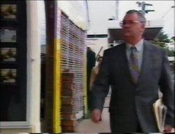 Harold Bishop in Neighbours Episode 2962