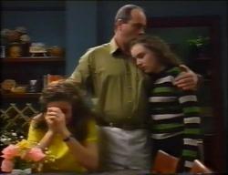 Hannah Martin, Philip Martin, Debbie Martin in Neighbours Episode 2966
