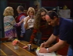 Madge Bishop, Harold Bishop, Michael Martin, Rosemary Daniels, Debbie Martin, Philip Martin in Neighbours Episode 2967