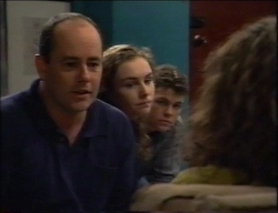Philip Martin, Debbie Martin, Michael Martin, Hannah Martin in Neighbours Episode 2967
