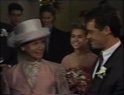 Josh Anderson, Todd Landers, Helen Daniels, Lucy Robinson, Paul Robinson in Neighbours Episode 2967