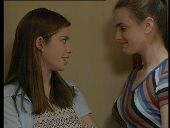 Anne Wilkinson, Mandi Rodgers in Neighbours Episode 2995