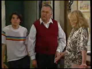 Paul McClain, Harold Bishop, Madge Bishop in Neighbours Episode 3000